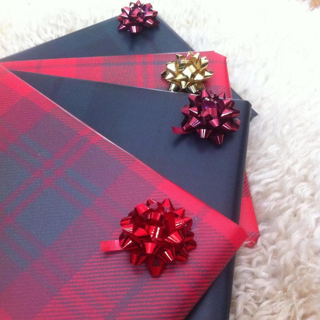 Tartan_Wrapping_Paper
