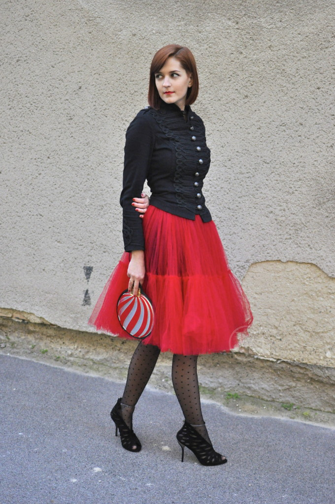Vrban_Diaries_Christmas_Outfit_4